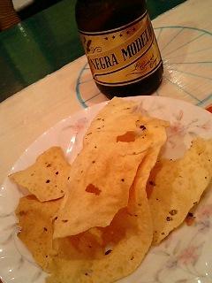 ムット・パパドとビール.jpg